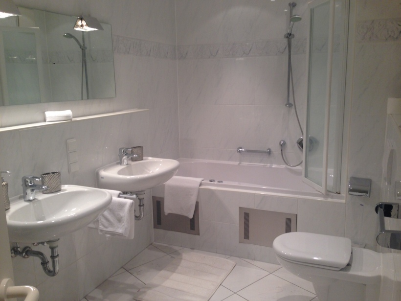 The very nice bathroom, it also has a bidet